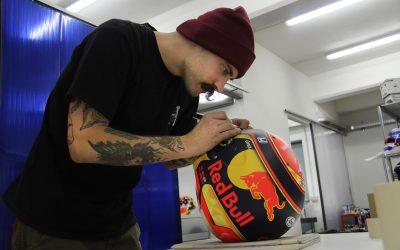 L'artista dei caschi, Massimo Dante