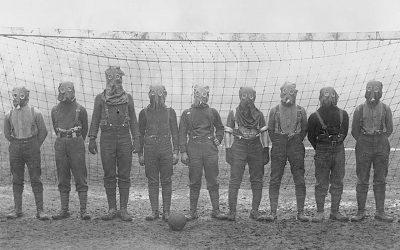 Football di guerra, football mascherato
